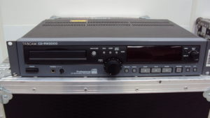 Tascam CD-RW2000 1